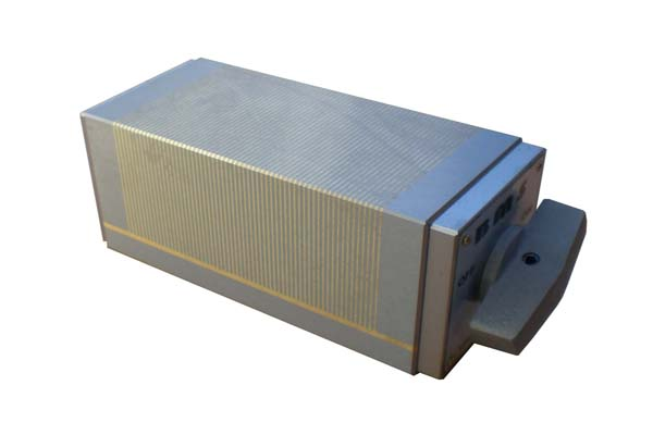Block with permanent magnets